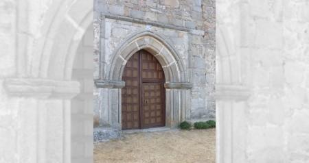 Puerta de entrada de la Ermita Nuestra Señora del Berrocal